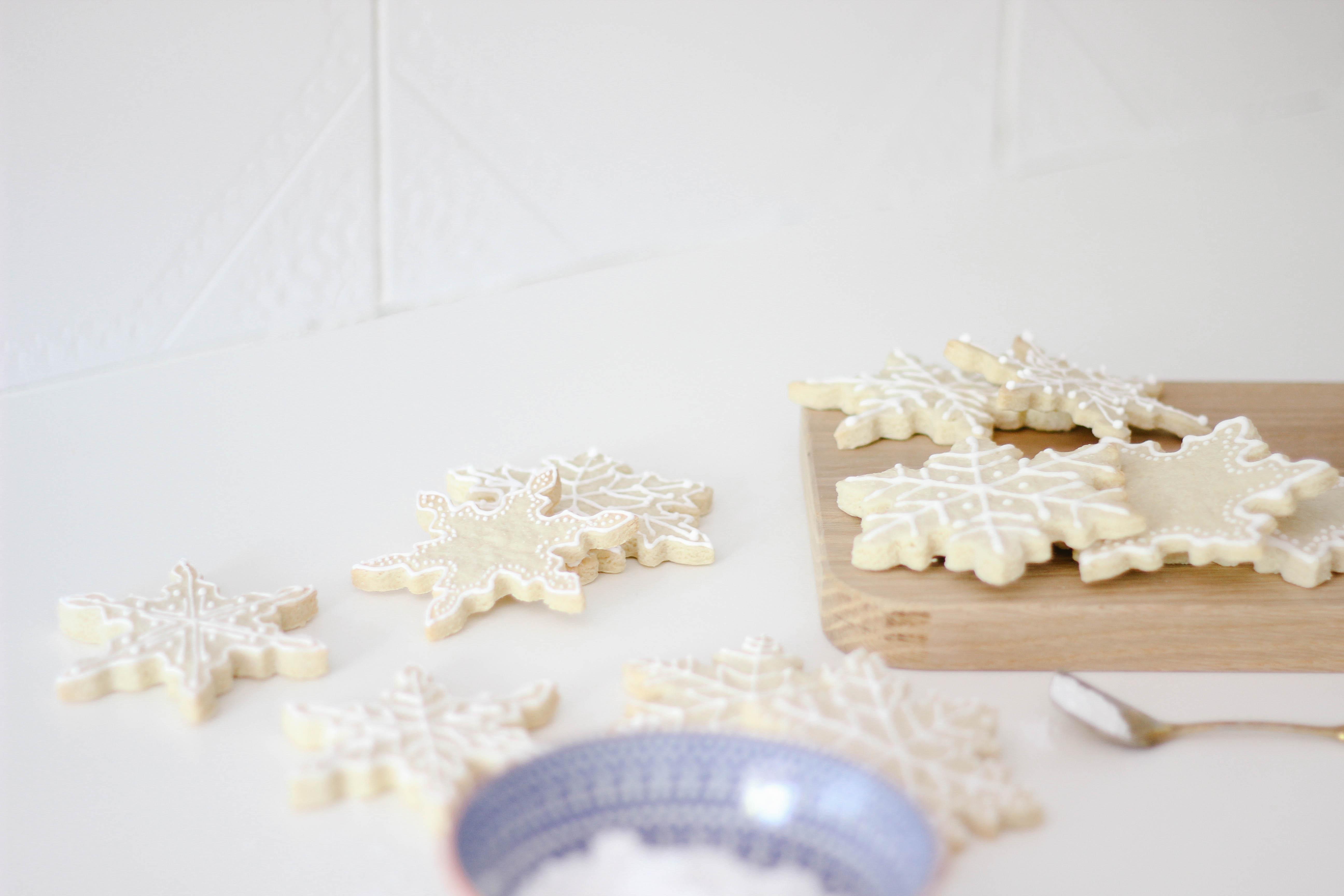 Christmas Cookies: Almond Sugar Cookies with Lemon Royal Icing